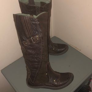 Earth Kalso boots tall brown leather sz 7 B USA